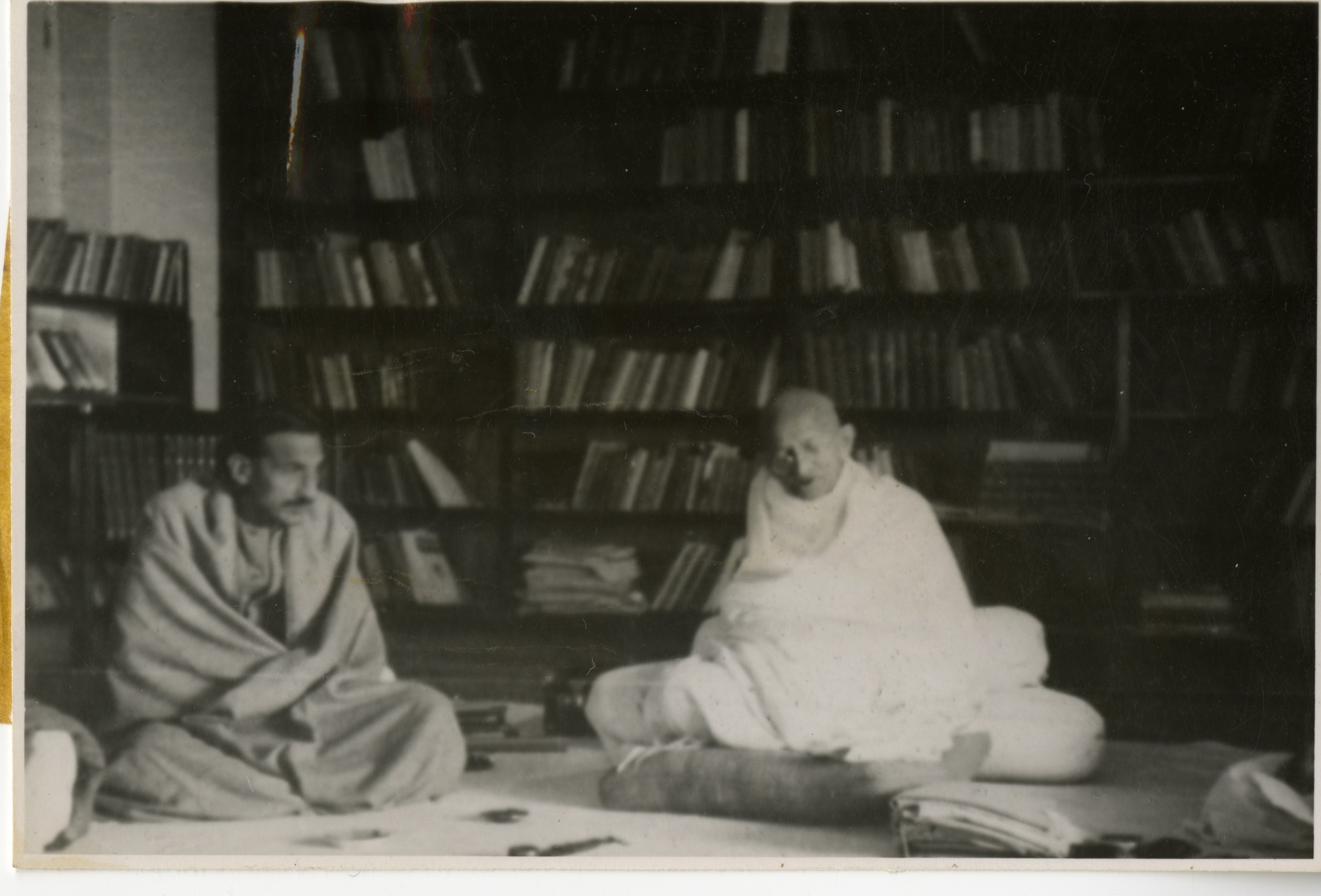 Mahatma Gandhi (1869-1948), 1939, Smithsonian Institution Archives, SIA RU007091 [SIA2007-0002].