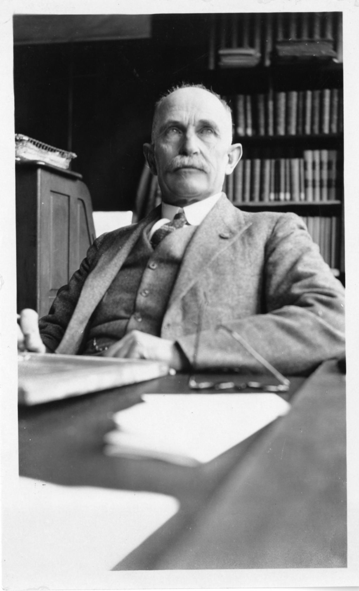 Allan Brooks (1869-1946), Smithsonian Institution Archives, SIA Acc. 90-105 [SIA2007-0384].