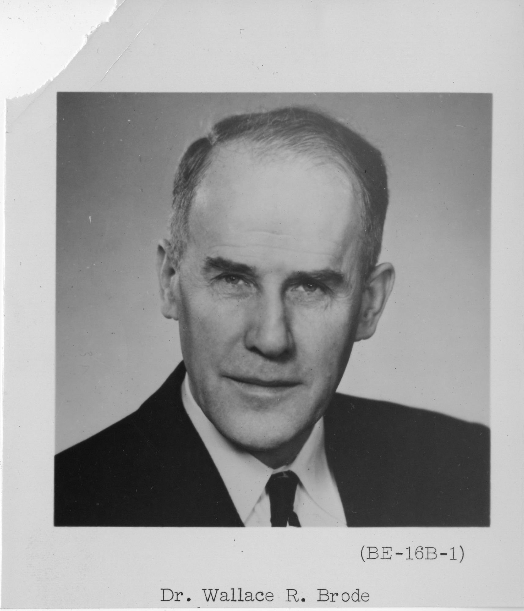 Wallace Reed Brode (1900-1974), Smithsonian Institution Archives, SIA Acc. 90-105 [SIA2008-0046].