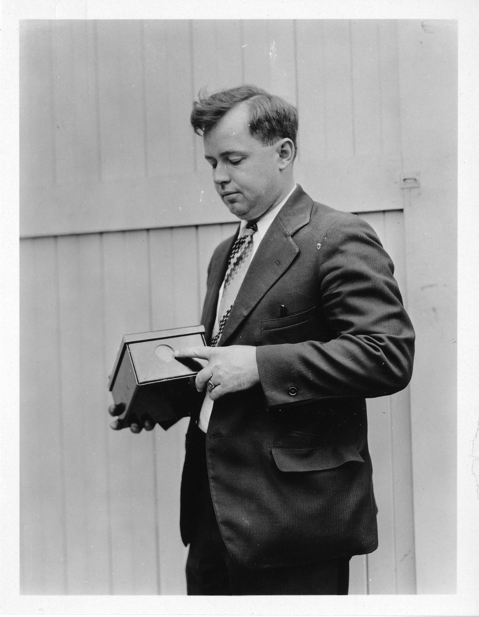 Robert C. Burt (b. 1896), Smithsonian Institution Archives, SIA Acc. 90-105 [SIA2008-0088].