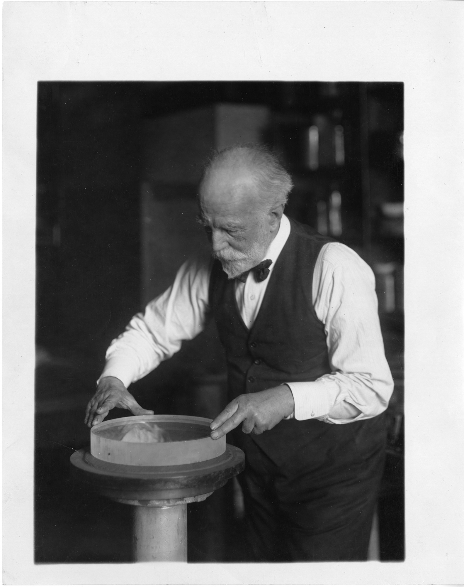 John Clacey (1857-1931), Smithsonian Institution Archives, SIA Acc. 90-105 [SIA2008-0109].