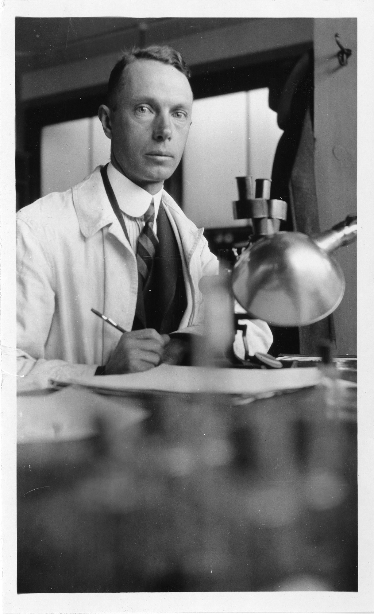 Wilbert Amie Clemens (1887-1964), Smithsonian Institution Archives, SIA Acc. 90-105 [SIA2008-0147].