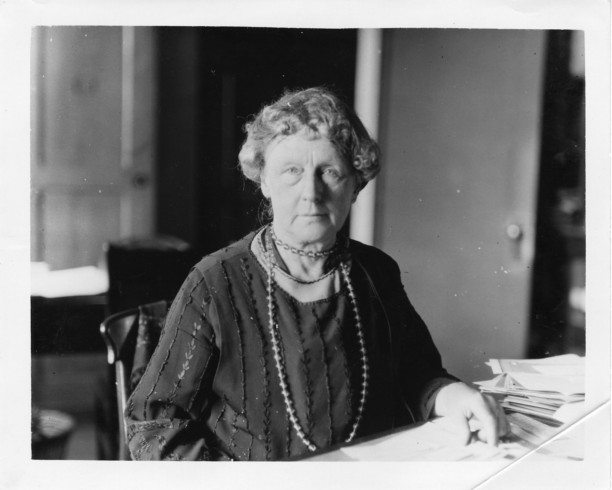 Annie Jump Cannon (1863-1941), Smithsonian Institution Archives, SIA Acc. 90-105 [SIA2008-0646].