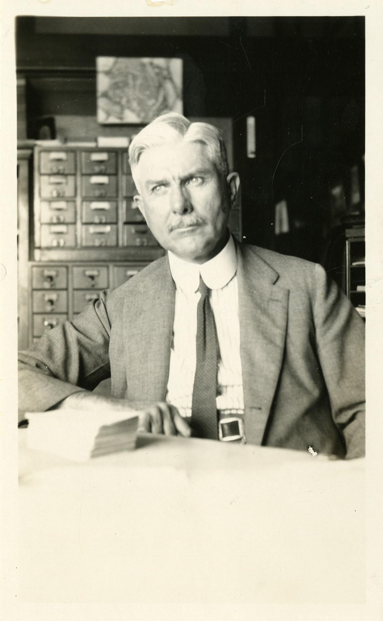 Eugene Willis Gudger (1866-1956), Smithsonian Institution Archives, SIA Acc. 90-105 [SIA2008-2158].
