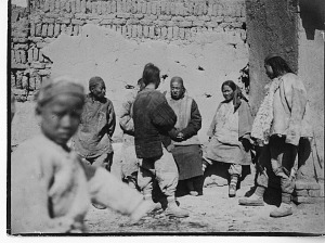 Image of China, Miscellaneous Scenes - Villagers