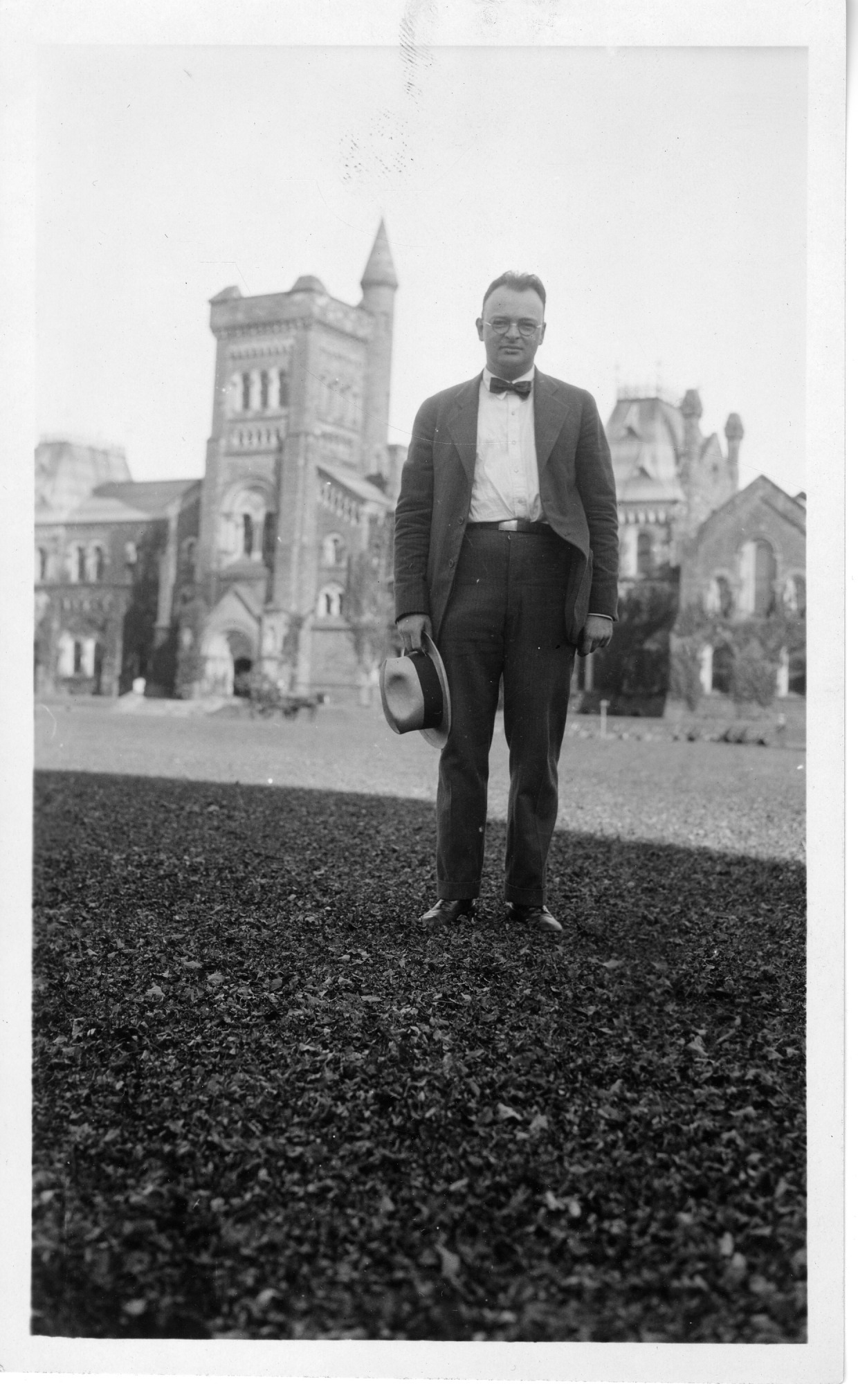 Watson Davis (1896-1967), 1924, Smithsonian Institution Archives, SIA RU007091 [SIA2009-0451].