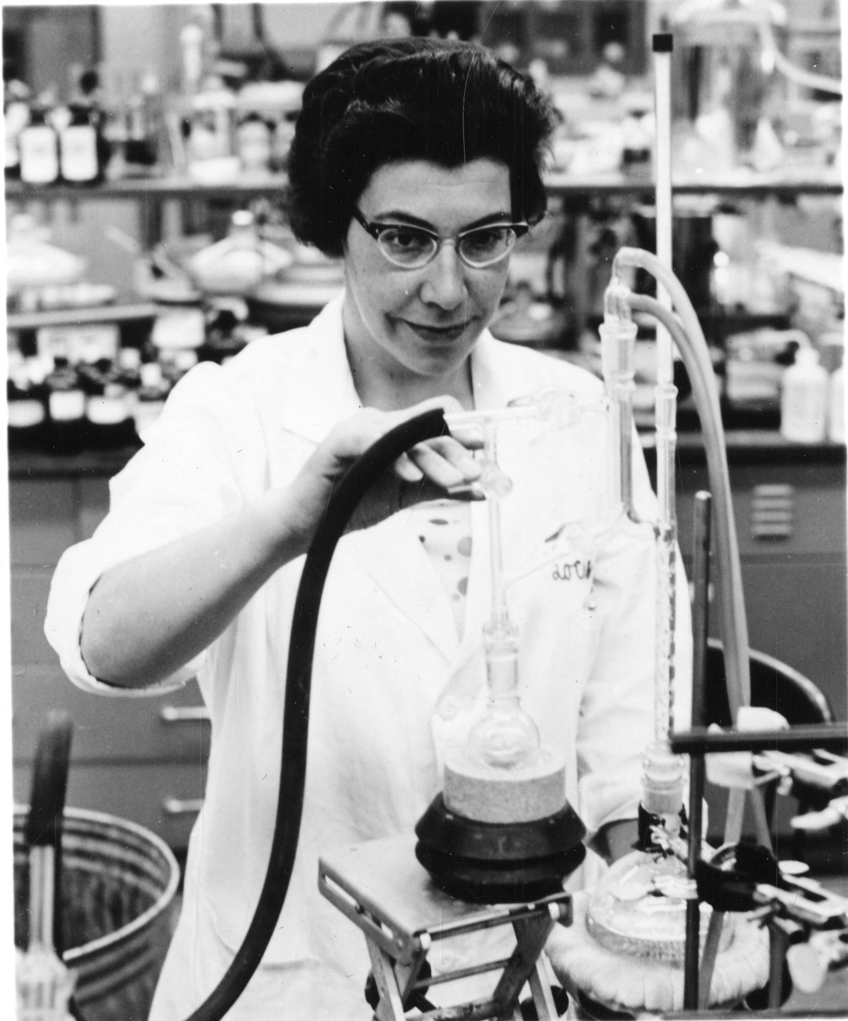 Jeanne Helen Osiecki (b. 1926), Smithsonian Institution Archives, SIA Acc. 90-105 [SIA2009-0735].