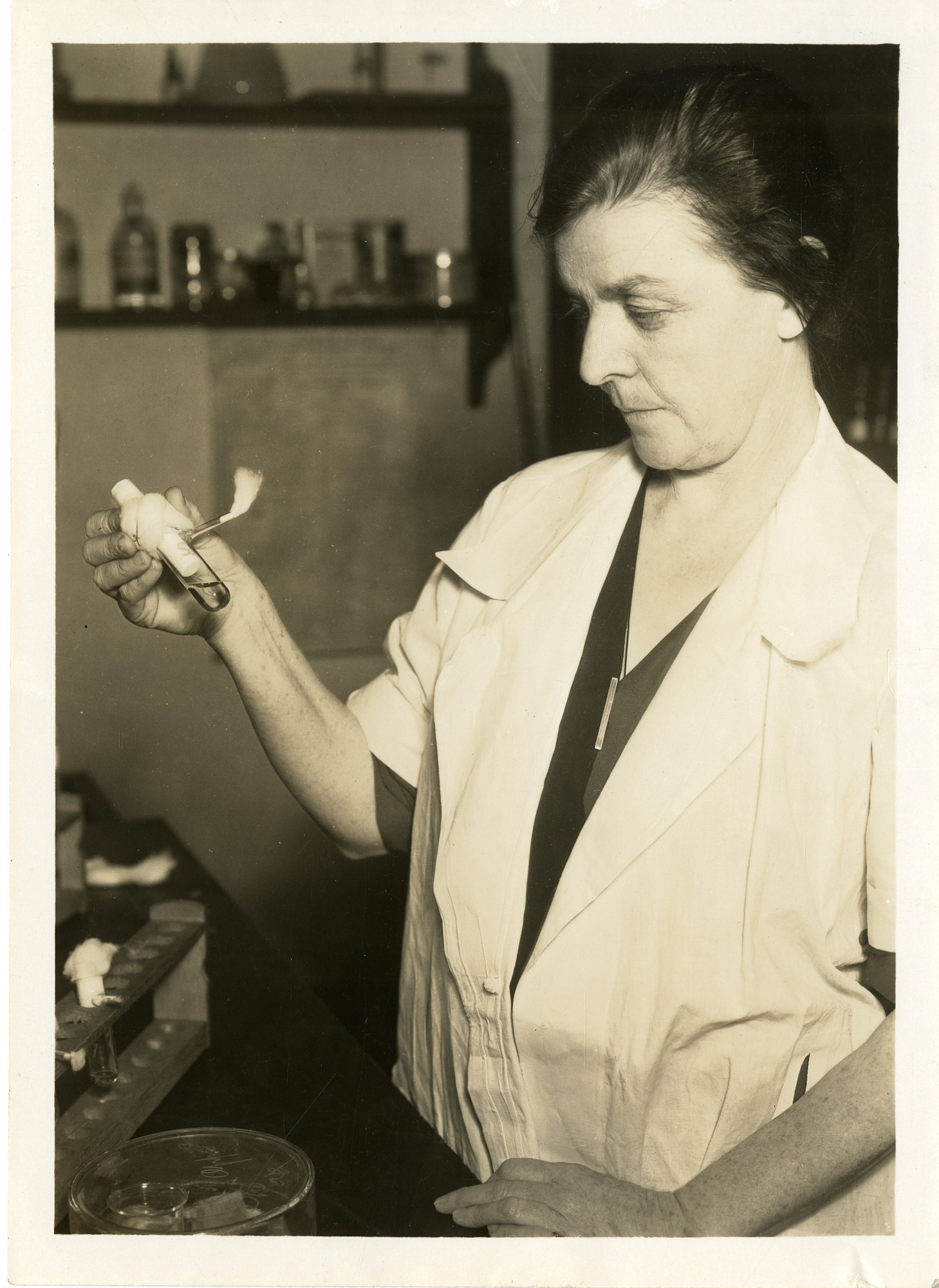 Agnes J. Quirk, 1932, Smithsonian Institution Archives, SIA Acc. 90-105 [SIA2009-1767].