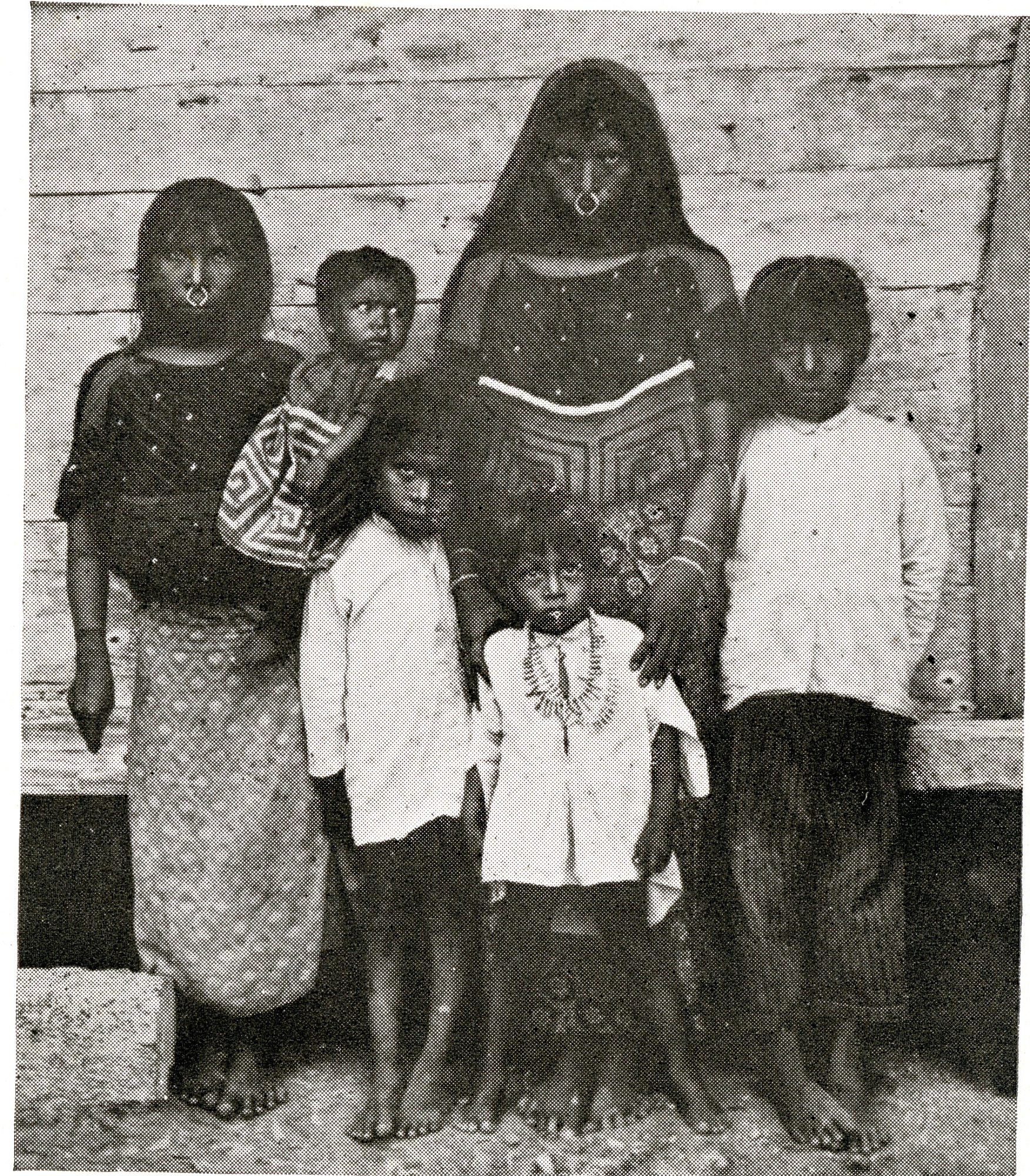 Cuna Indian Women and Children