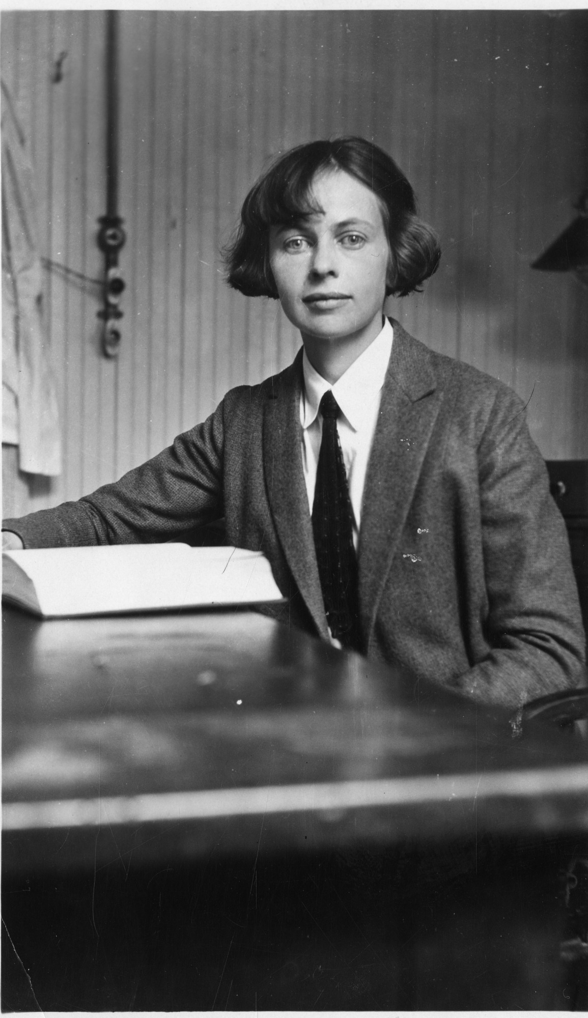 Gertrude Van Wagenen (1893-1978), Smithsonian Institution Archives, SIA Acc. 90-105 [SIA2010-0354].