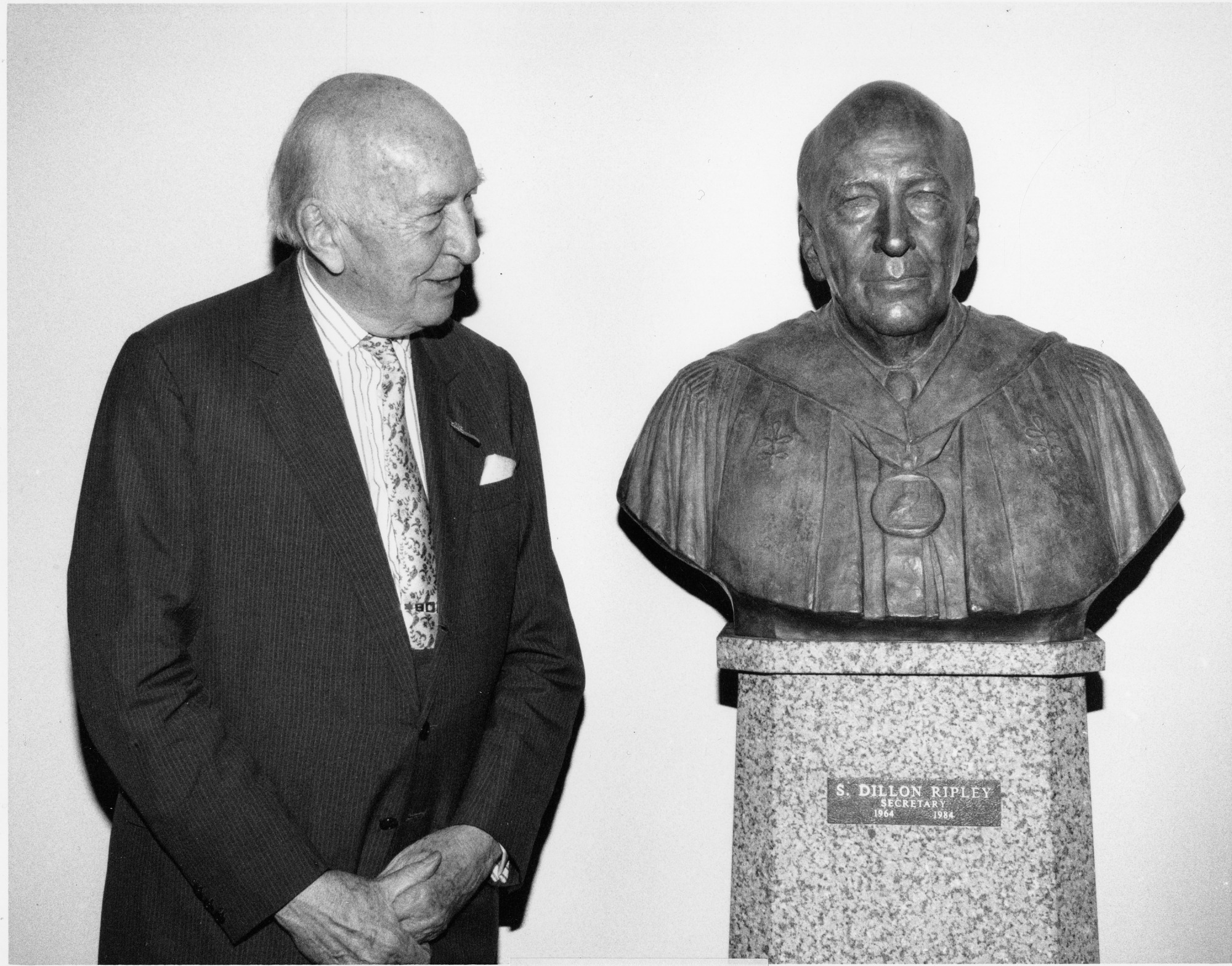 S. Dillon Ripley Honored with Sculpture