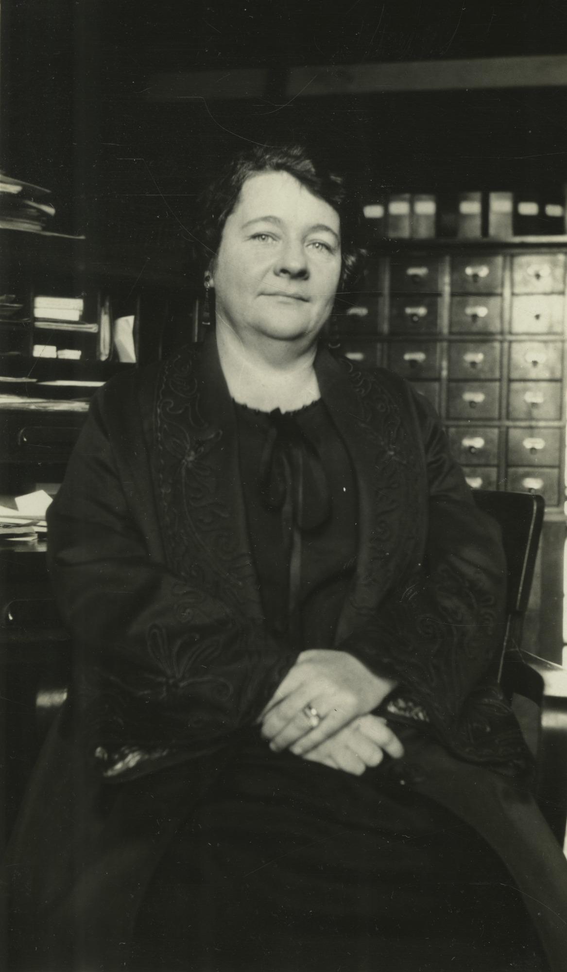 Helene F. Ziska (b. 1893), Smithsonian Institution Archives, SIA Acc. 90-105 [SIA2010-1643].
