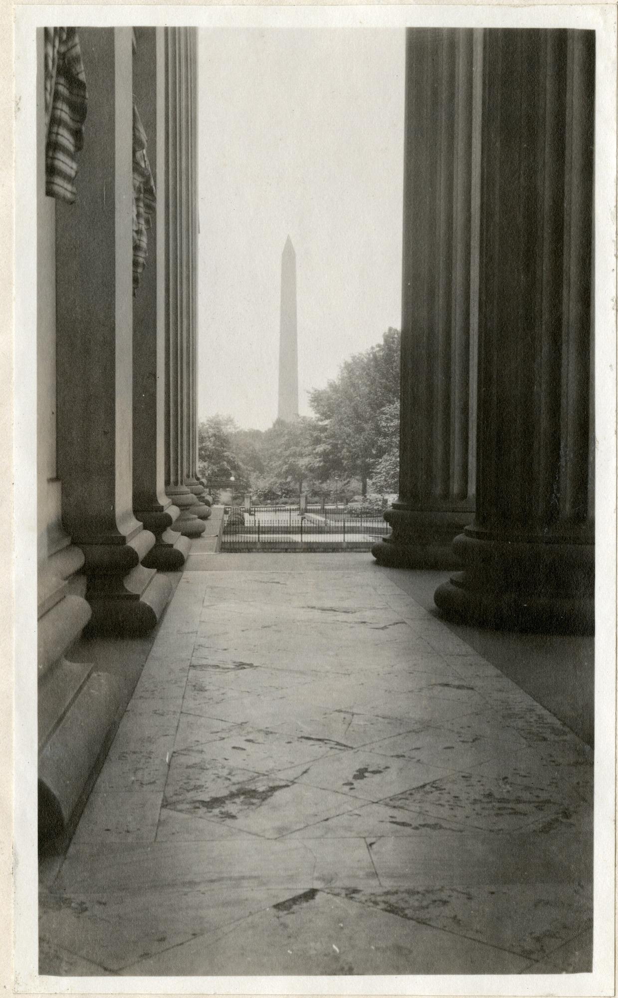 Washington Monument, 1919, Smithsonian Institution Archives, SIA RU007355 [SIA2010-2044].