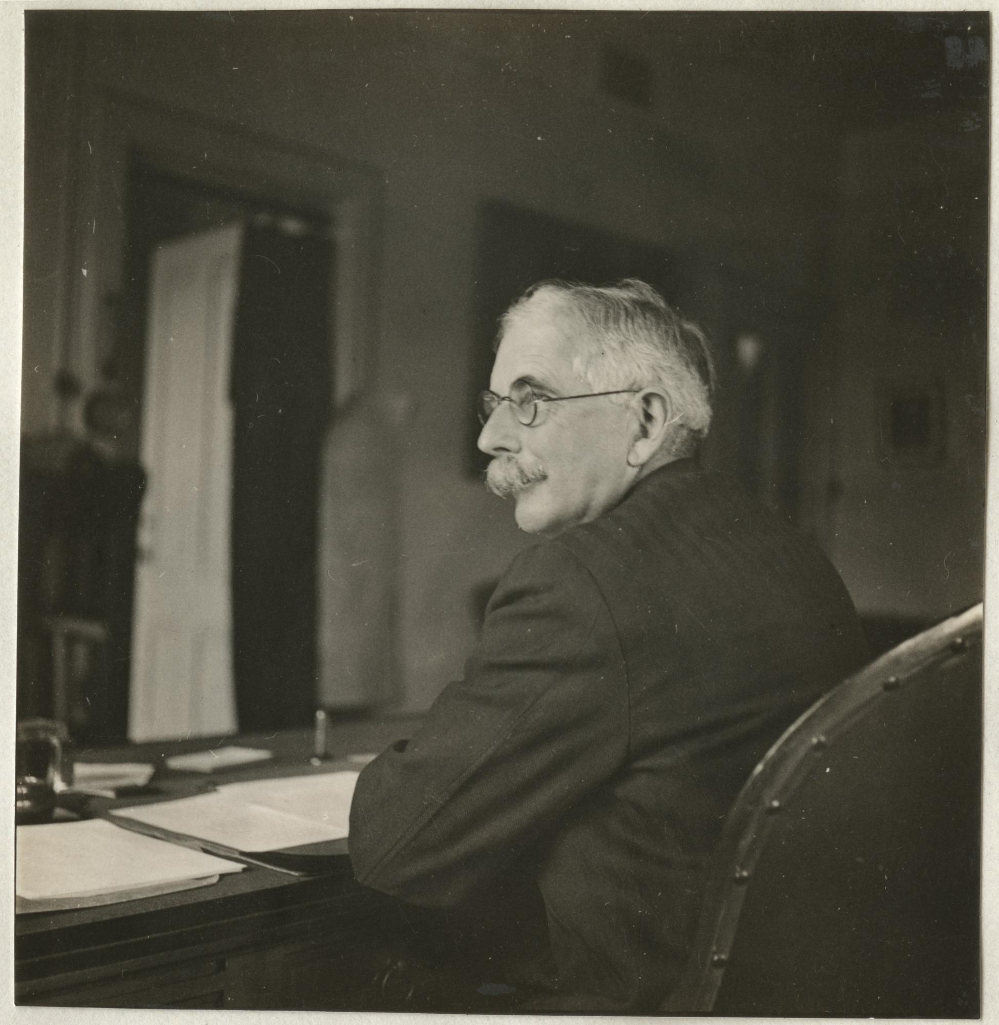 Dr. Charles G. Abbot