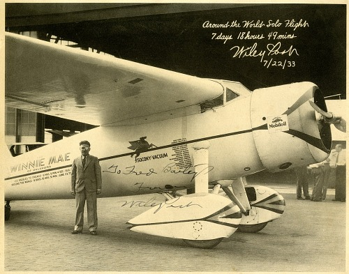 Wiley Post Autographed Photo