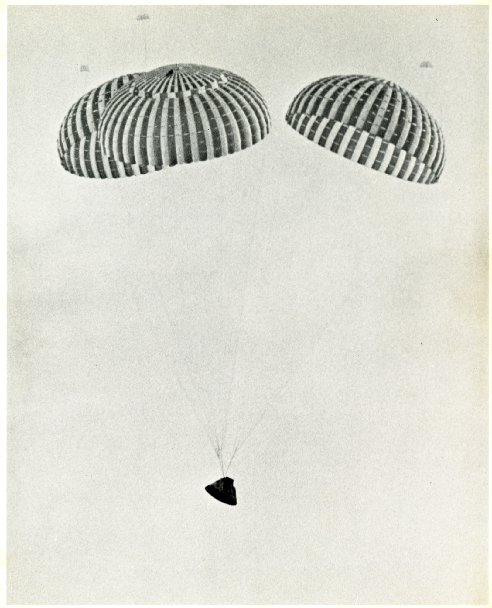 Apollo 13 Flight Recovery Images Lundgren