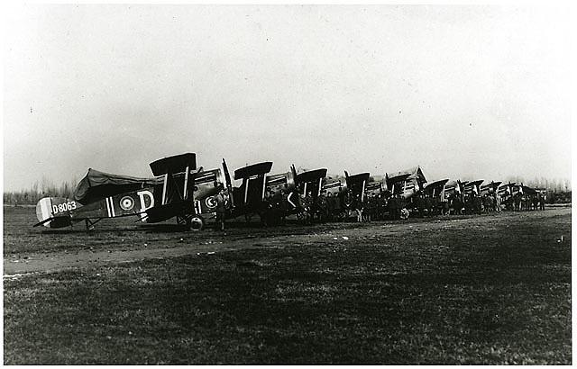 Lieutenant H. E. Linsley World War I Aircraft Photographs