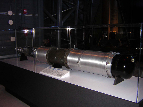 BMW 109-558 Rocket Engine and Propellant Tanks