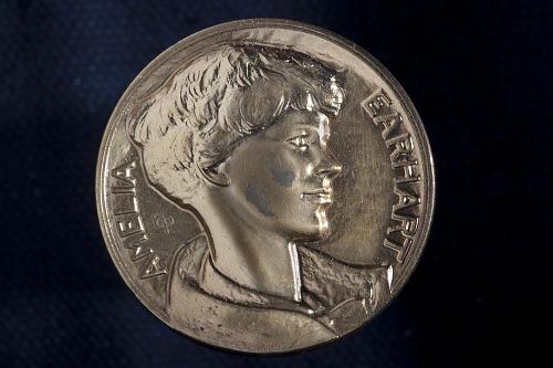 Medal, Amelia Earhart