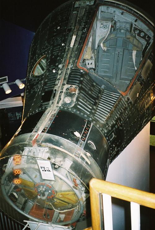 Capsule, Gemini 3