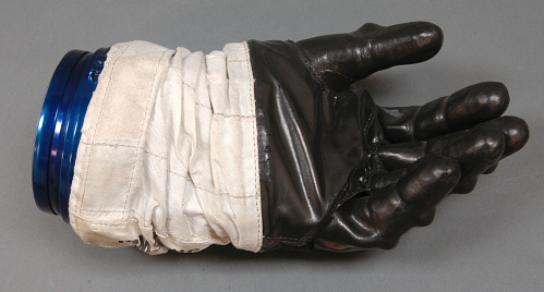 Glove, Left, A7-L, Intravehicular, Apollo 11, Armstrong, Flown