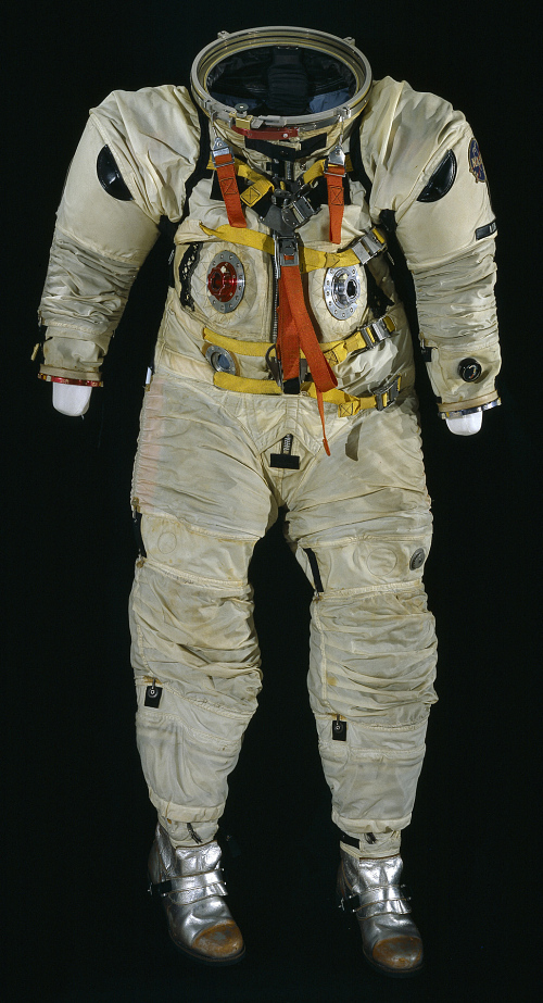 Pressure Suit, Apollo, A4-H