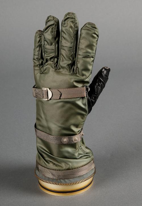 Glove, Left, Mark IV, Model 3, U.S.N.