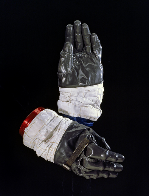 Glove, Left, A7-L, Intravehicular, Apollo 13, Haise, Flown