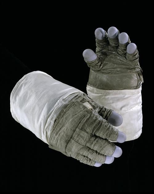 Glove, Right, A7-LB, Extravehicular, Apollo 16, Mattingly, Flown
