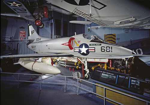 Douglas A4D-2N/A-4C Skyhawk