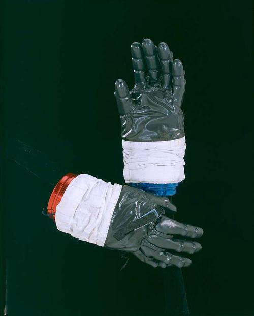 Glove, Left, IV, A7-L, Duke, Training