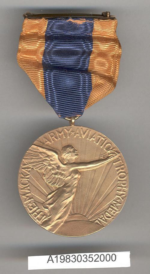 Medal, Mackay Army Aviation Trophy Medal, St. Clair Streett