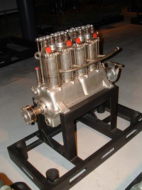 Hall-Scott A-1 In-line Engine