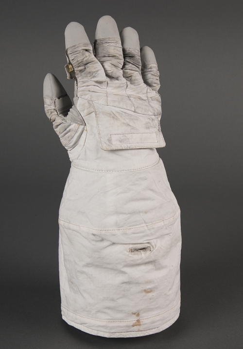 Glove, Shuttle EMU Space Suit (right)
