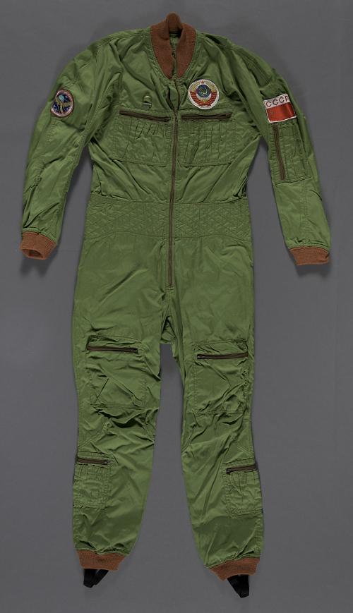Flight Suit, Salyut