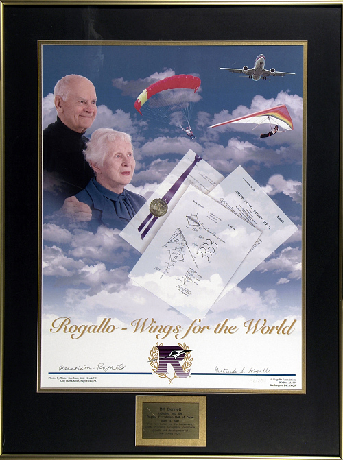 Rogallo - Wings for the World