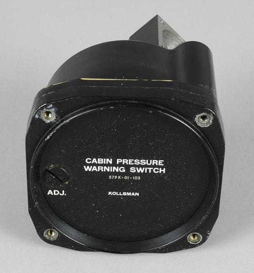 Warning Switch, Cabin Pressure, Kollsman, Douglas DC-4E
