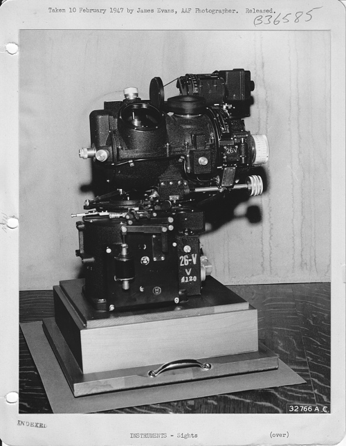 Bombsight, Norden M-9, Enola Gay