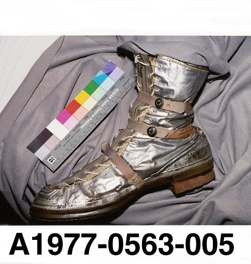 Boot, Right, Mercury, Shepard, MR-3