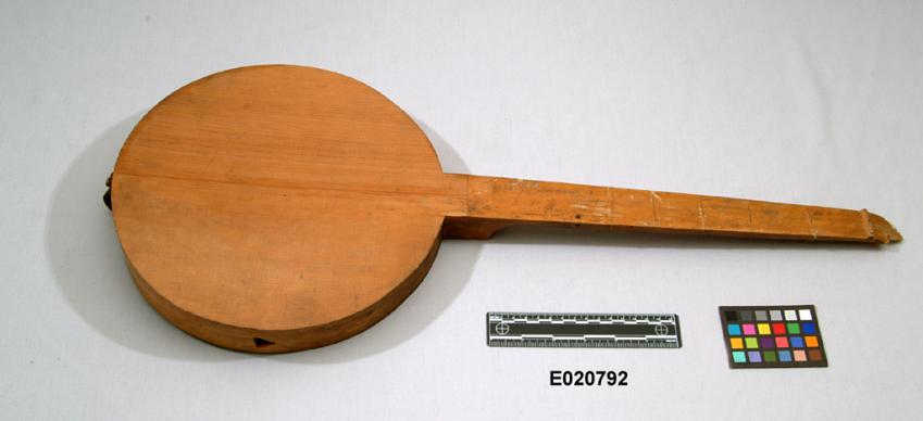 3-Stringed Instrument