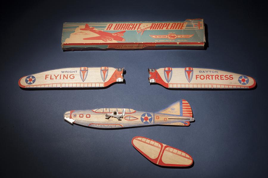 Model Kit, Flying, Free Flight Glider, Wright-Dayton Flying-Fortress, w/Box