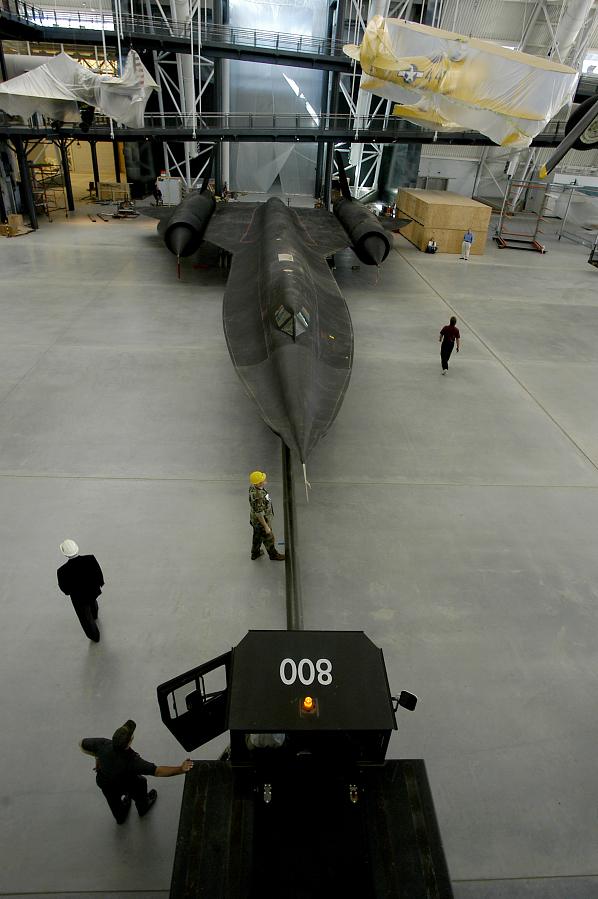 SR-71 Moves Into Udvar-Hazy Center Aviation Hangar