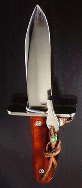 Knife, Astronaut Survival