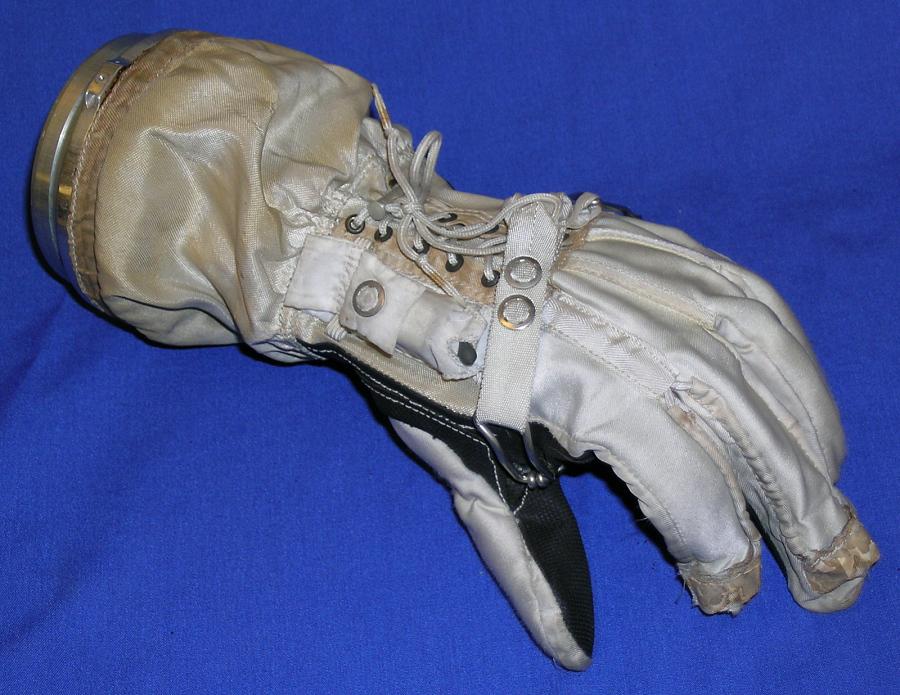 Glove, Left, Gemini 4, White, Flown