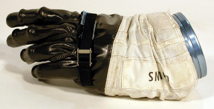 Glove, Left, A7-L, Intravehicular, Apollo 11, Collins, Flown