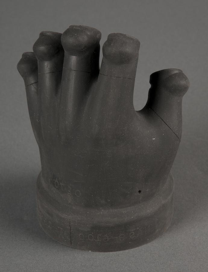Glove Dip Form, Left Hand, Weitz