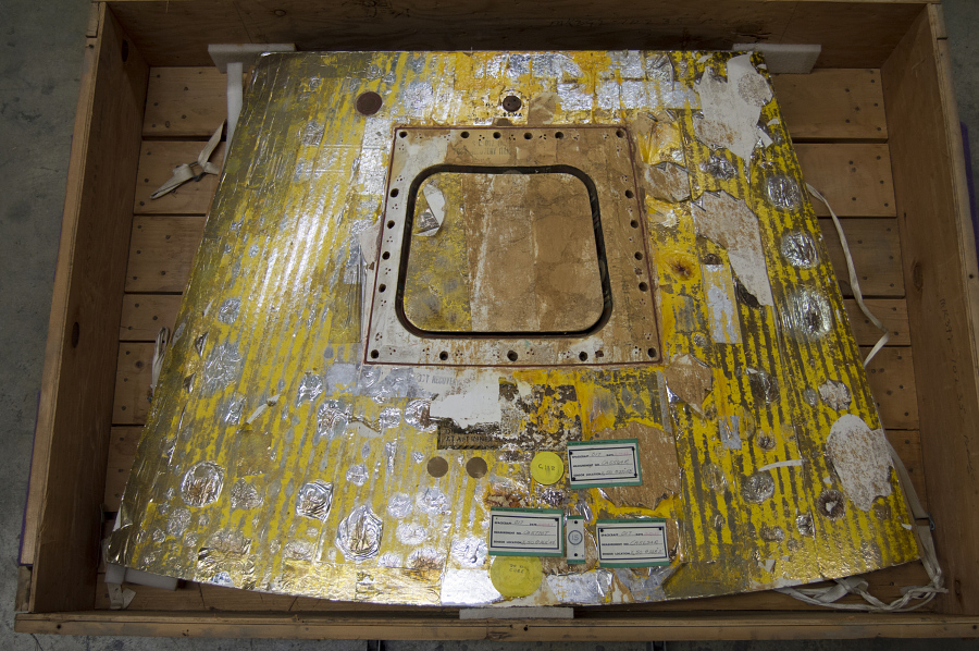 Hatch Cover, Apollo 4