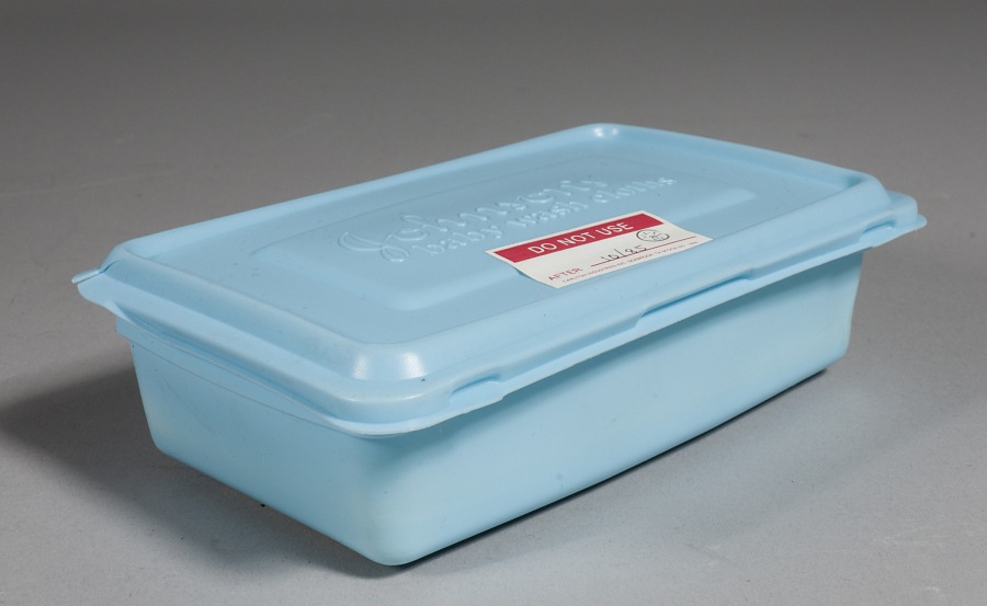 Container, Wet Wipes, Personal Hygiene Kit, Shuttle, STS-7, 8, 9
