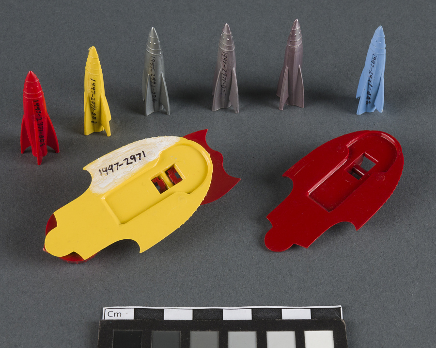 Toy, Rocket Launcher with Five Rockets, Captain Video