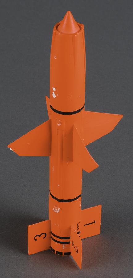 Model, Missile, Last